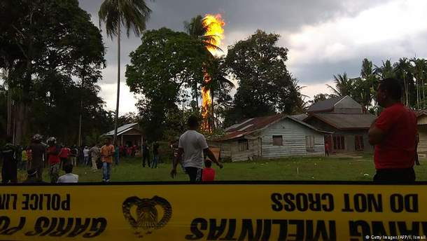Нелегальна нафтова свердловина в Індонезії забрала життя 10 людей, ще 40 отримали опіки
