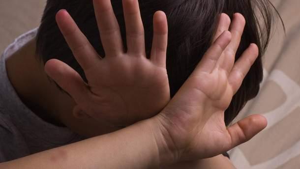 На Донеччині затримано розповсюджувача дитячої порнографії