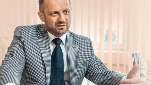 Безсмерний пропонує Україні почати переговори з Росією