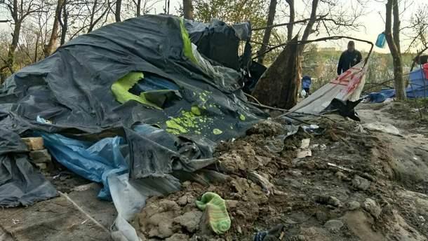 Полиция взялась за парней, которые разогнали лагерь ромов в Киеве