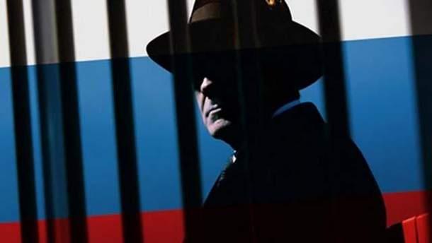 """Среди высланных из США российских дипломатов были шпионы, которые готовили очередное """"Солсбери"""""""