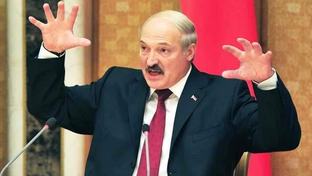 """Лукашенко назвал Путина и западных лидеров """"петухами"""""""