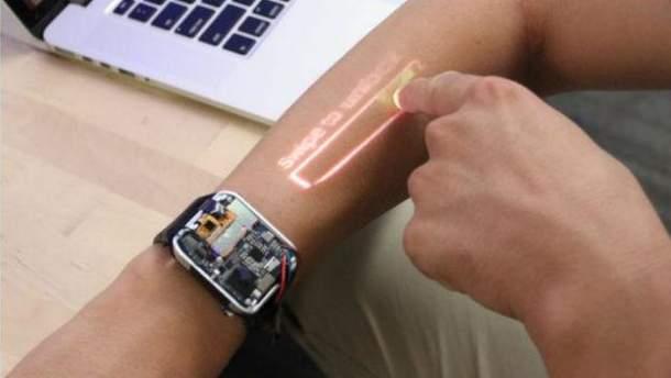 Представлены уникальные превращающие руку всенсорный дисплей смарт-часы LumiWatch
