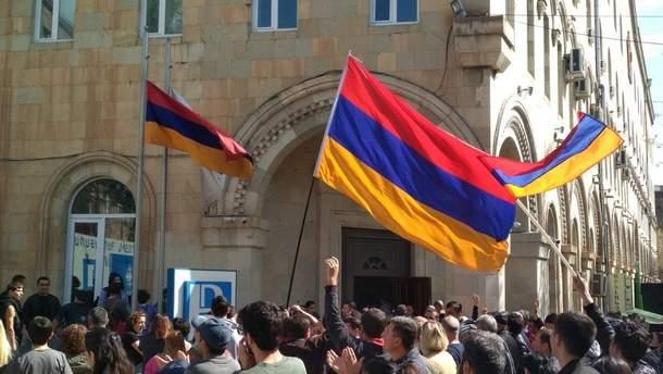Протесты в Армении: стало известно, сколько министров подали в отставку
