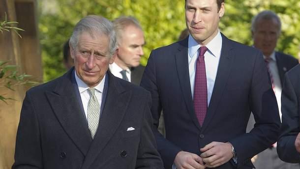 Британцы благосклоннее относятся к принцу Уильяму, чем к его отцу Чарльзу