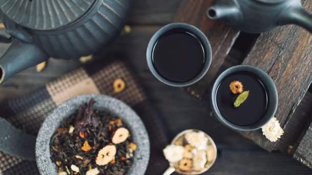 Чай приводит к потемнению эмали