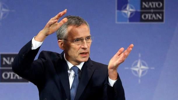 """Генсек НАТО заявил, что поведение РФ отличается от принципов """"Холодной войны""""."""