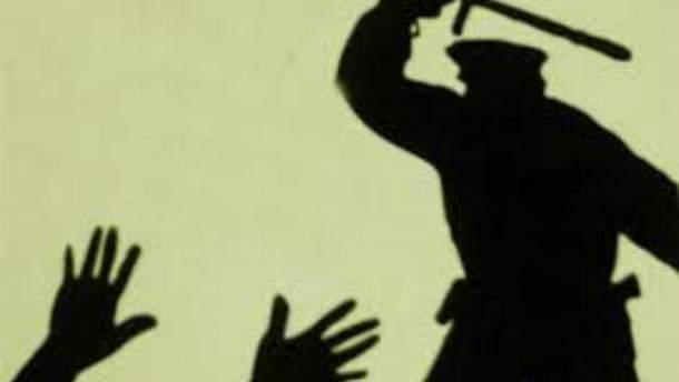 В Николаеве 18-летний житель обвинил местных полицейских в зверском избиении