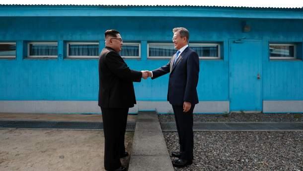 Историческое событие: что изменит встреча Ким Чен Ына и Мун Чжэ Ина?