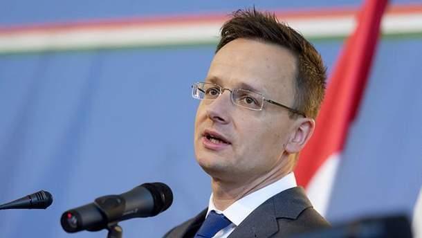 """Петер Сійярто відкидає """"російський слід"""" у своїх нападах на Україну"""