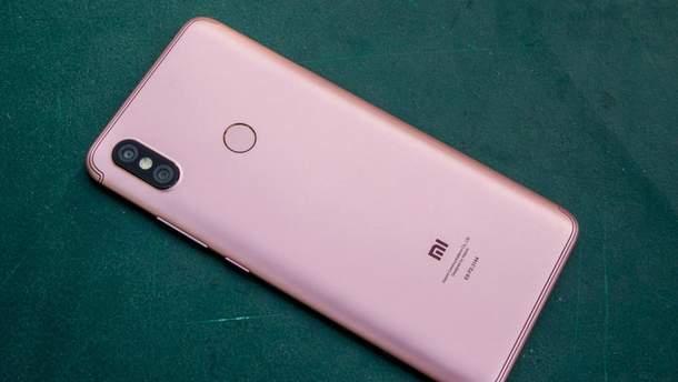 Бюджетный Xiaomi Redmi S2 появился на живых фото до официального анонса