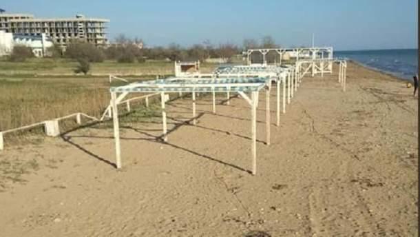 Пустые пляжи оккупированного Крыма