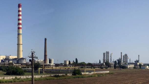 Одесский припортовый завод полностью прекращает работу