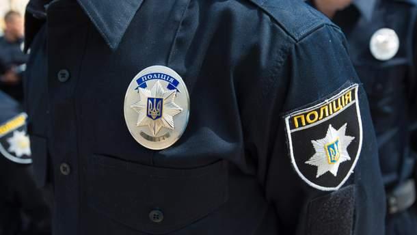 В Днепре полиция составила админпротокол на пожилую женщину с георгиевской лентой
