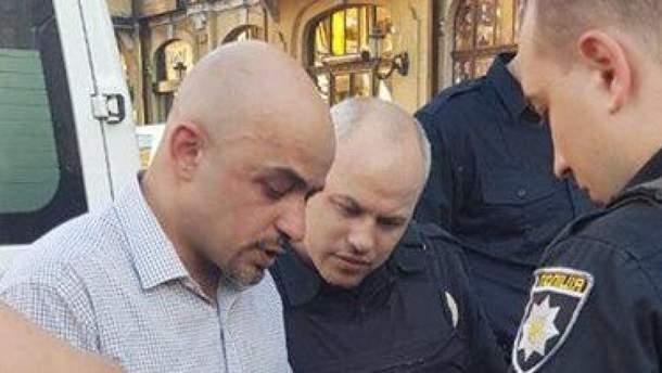 Найем рассказал, где находится нападавший, который сломал ему челюсть