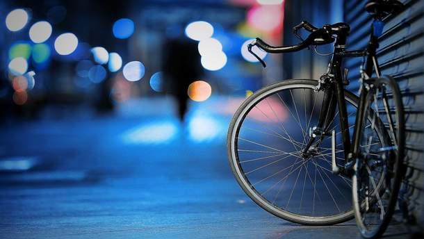 Водители на велосипедах ограбили магазин