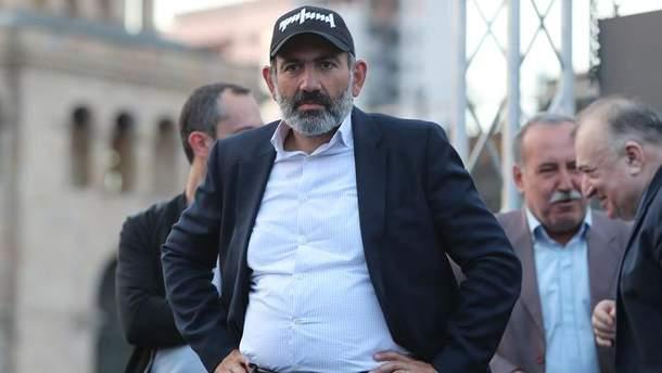 Вірмени мають продовжити протести до зміни влади, – Пашинян