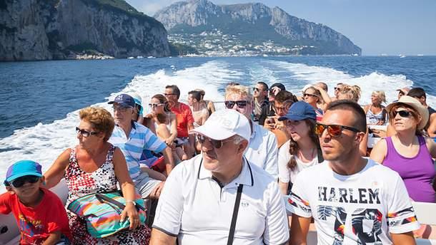 Туристи на острові Капрі