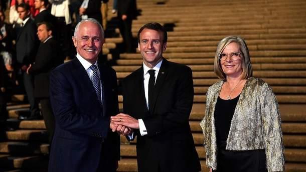 """Макрон назвав """"смачненькою"""" дружину прем'єр-міністра Австралії"""