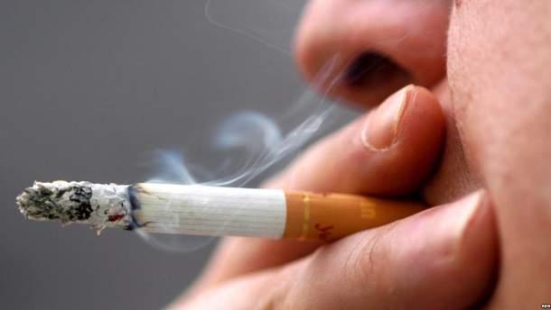 Як виглядають легені курця і здорової людини