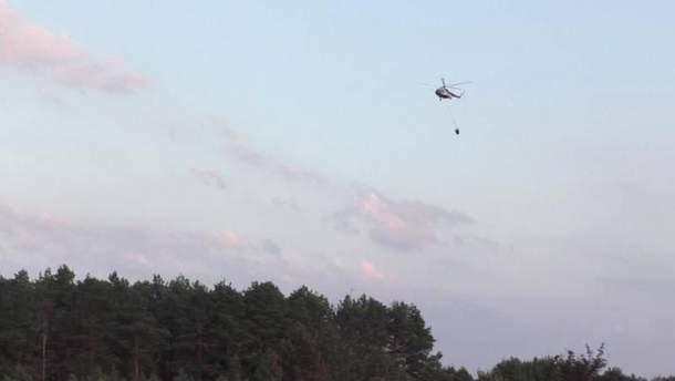 На Чернігівщині триває пожежа на території військового лісгоспу: залучено авіацію