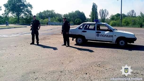В Балаклее, где вспыхнул пожар, полиция охраняет общественный порядок