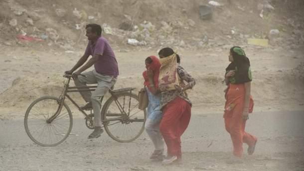 В Індії вирує пилова буря