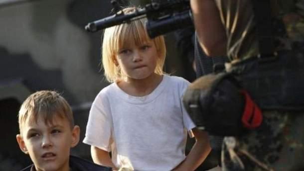 Двести тысяч детей учатся на фоне боевых действий в Украине, - ЮНИСЕФ