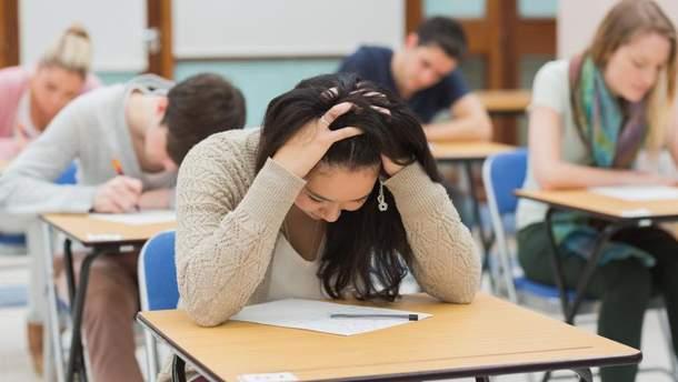 При поступлении в некоторые  учреждения образования могут ввести экзамены