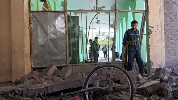 Пролунав вибух у мечеті в Афганістані: понад 10 загиблих