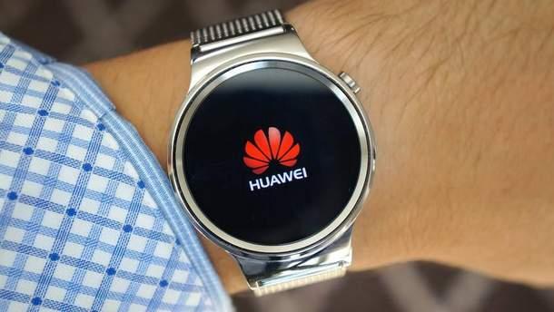 """Huawei запатентував ігровий """"розумний"""" годинник з сенсорним ремінцем"""