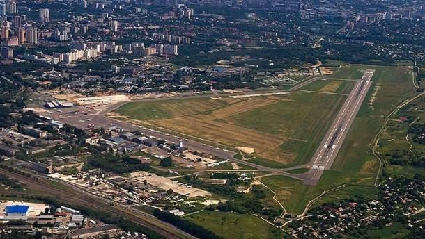 """Международный аэропорт """"Киев"""" в Жулянах хотят закрыть на реконструкцию"""