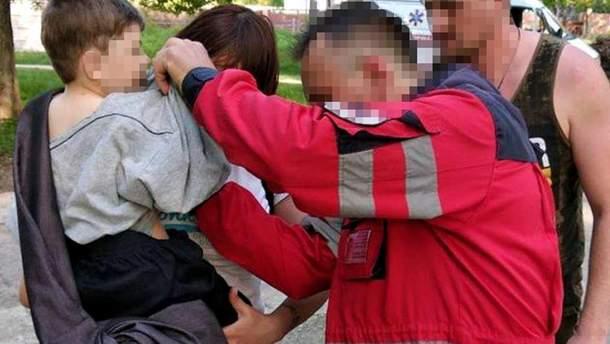 На Харьковщине четырехлетний мальчик провалился в люк