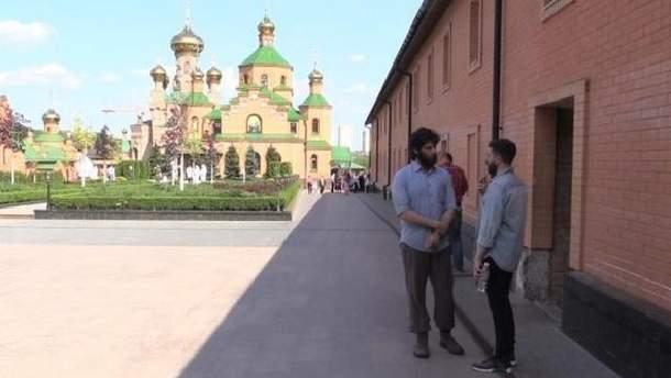 Ченці пояснили, як бойовик-бразилець Лусваргі опинився у монастирі