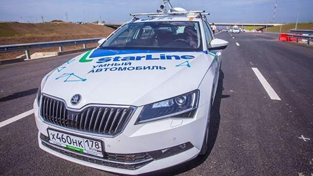 Крымский мост: оккупанты хвастаются проездом беспилотных автомобилей на автоподходах к мосту