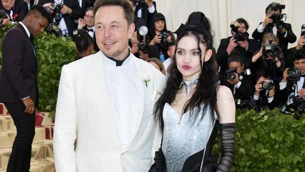 Илон Маск и Граймс на Met Gala 2018