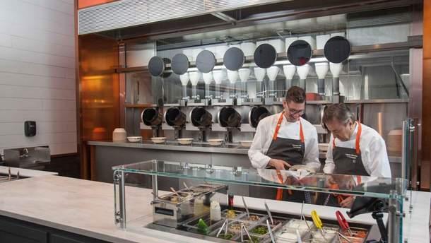 Роботизированная кухня ресторана Spyce