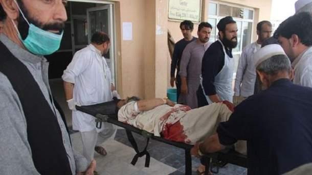 В результате серии терактов в Кабуле погибло более десятка людей