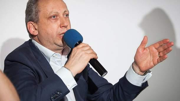 Слава Рабинович критически высказался о праздновании 9 мая в России