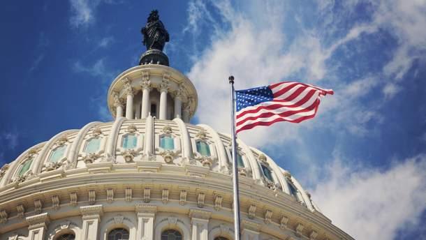"""Комитет по разведке Сената США планирует завершить """"российское расследование"""" в августе"""