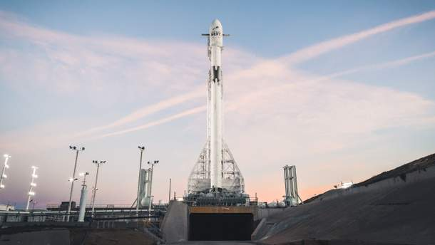 Запуск Falcon 9 Block 5  перенесли