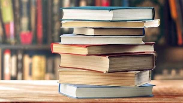 Першокласники не отримають третину підручників до 1 вересня