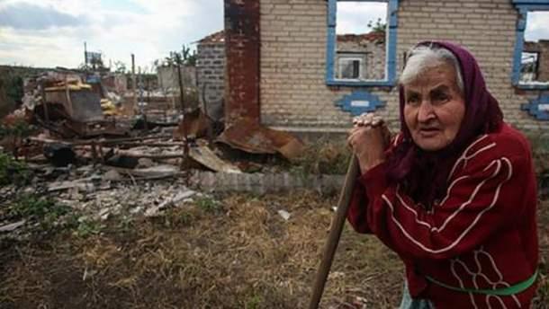 В Луганске все чаще умирают обычные люди, а хоронят их все тише