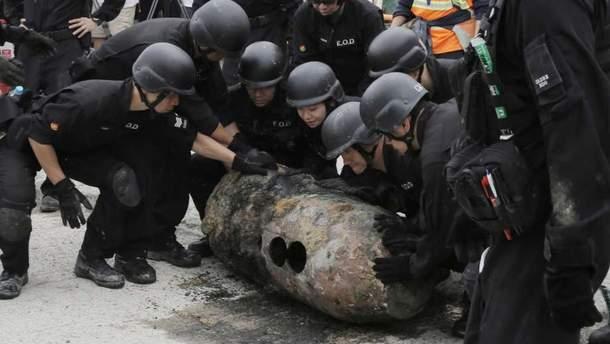 В Гонконге из-за бомбы времен Второй мировой эвакуировали 1200 человек