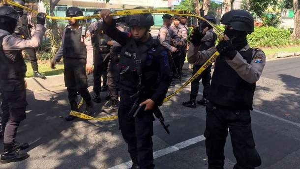 Теракт в Індонезії: щонайменше 9 людей загинуло
