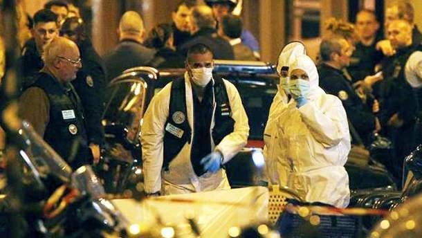 Фото з місця теракту у центрі Парижа