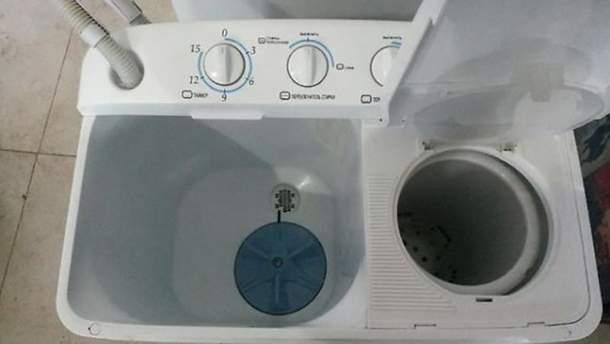 Стиральная машинка (иллюстративное фото)