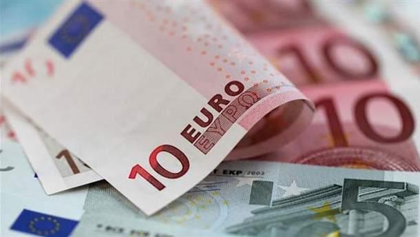 Курс валют НБУ на 15 мая: доллар подешевел, евро прибавил в цене