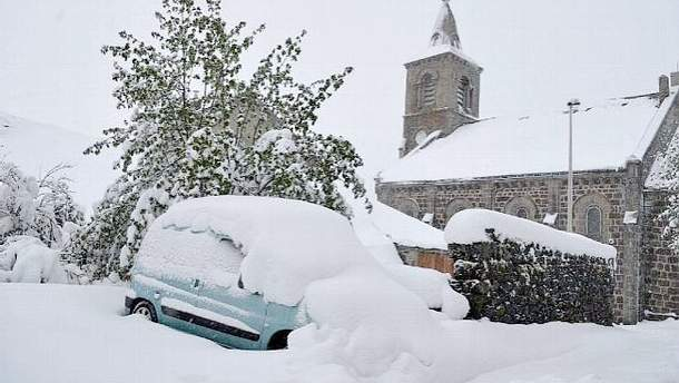 Францію засипало снігом у травні