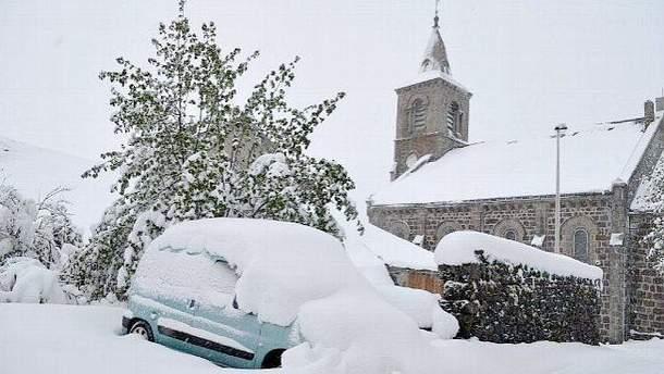 Францию засыпало снегом в мае
